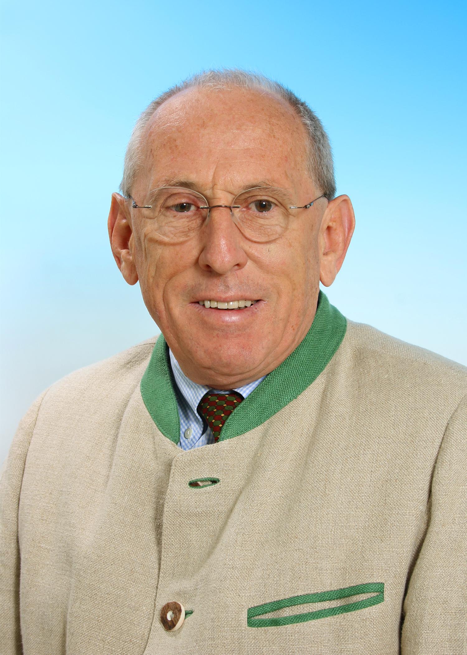 DI. Wolfgang Hoessl
